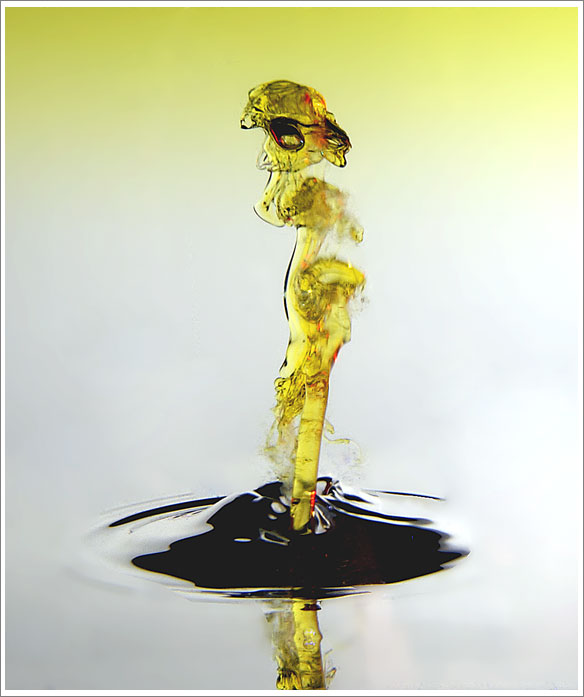 yellow water drop splash